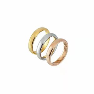 Love Ring Classic letter signature round rings for men and women Fashion jewelry Top Gift Size 7-11