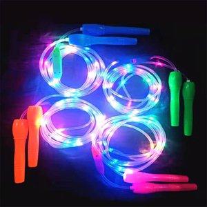 Sauter une faveur de corde à sauter pour les enfants LED luminou coloré Luminou clignotant Cordes de fitness Equipement Night Market Jouets pour enfants