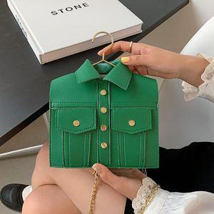 Sacs à bandoulière Mesdames Personnalité Funny Vêtements Crochet Sac à fourre-tout Sac Chaîne Fashion Rivet One Messenger Petite Square
