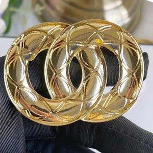 Fashion Diamond Designer Brooch famoso G Lettera C Spille Pin Tassel Donne Pins Luxury Pin gioielli 0101