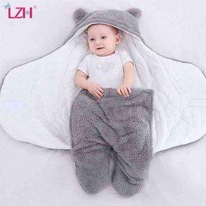 LZH Baby Sleeping Bag Winter Infant Clothes For borns Sleepsack Sleeping Bag For Baby Boy Girl Hooded Wrap Swaddling Blanket 210816