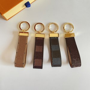 Luxury Keychain Classic Designer Car Keyring Zinc Alloy Letter Unisex Lanyard Gold Black Metal Small Jewelry Lover Keychains Pendant