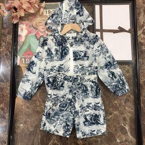 Детская одежда Солнцезащитные кремовые куртки + юбки белые комплекты детские 21aw костюм марка девочек хлопок пальто размером 110-160
