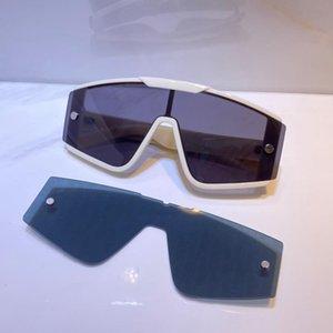 Occhiali da sole per uomo e donna Stile estate Anti-ultravioletto Retro Scudo Lente Lente Plame Invisible Frame Moda EyeGlasses Casella casuale Xtrem