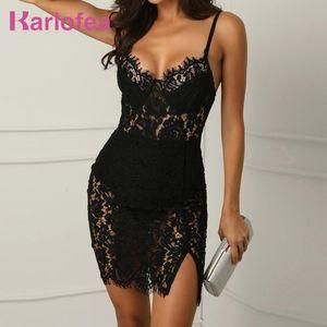 Karlofea Black Lace Mini Dress Sexy Low V Neck Slim Sheer Strap Sleeveless Vestido Chic Crochet Club Party Wear Ladies New Dress X0320