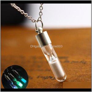 Colgante Lindo tiempo de arena resplandor en el oscuro PENDNAT Jewelry Wish Wish Botella de vidrio Fósforo brillante collares para mujeres Regalos HRZK5 0JXZY