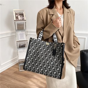 New fashion simple big hand letter trend women's tote large capacity shoulder bag