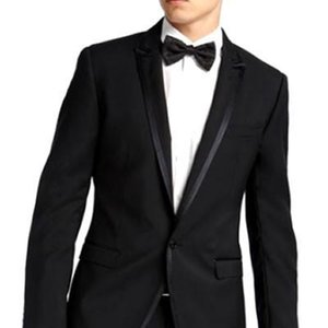 Black Groom Tuxedos Mens Wedding Peaked Lapel One Button Bridegroom Groomsmen Gentleman Business Party Prom Suits(Jacket+Pants)