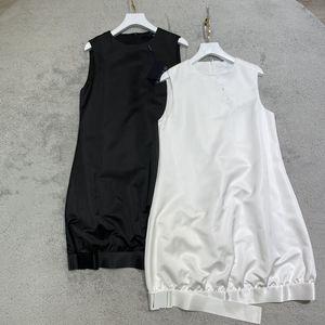 2021 designer women summer o-neck sleeveless buckle belt street dresses casual loose solid dress white black