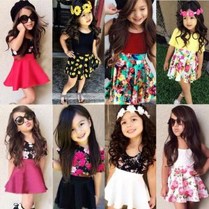 Baby Girl Одежда набор малышей девушки сплошные рубашки цветочные юбки 2 шт. Установите цветочные девушки юбка костюмы летняя детская одежда 13 дизайнов DW5411