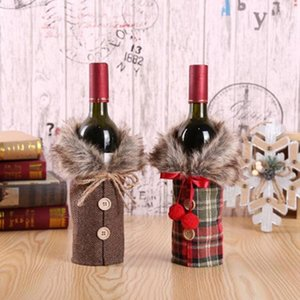 Creative New Design Wine Cover with Bow and Buttons Decor Plaid Linen Bottle Clothes with Fluff Fashion Christmas Decoration Festival Party Home Stuff Drop Shipping