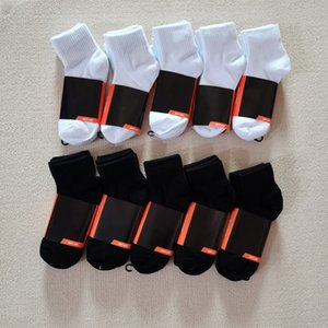 All-match mens socks Women Men High Quality Cotton classic Ankle Letter Breathable black and white mixing Football basketball Sports Sock