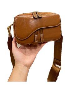2021 fashions bag latest retro camera bagss high quality leather solid color fashion metal letter luxury classic designer shoulder bags handbag