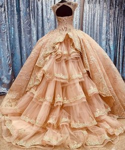Gorgeous Blush Ball Ball Gown 2021 Messicano Quinceanera Prom Dresses Charro Gioiello Sheer Collo con treno Beaded Sweet 16 Dress Vestidos 15 ANO
