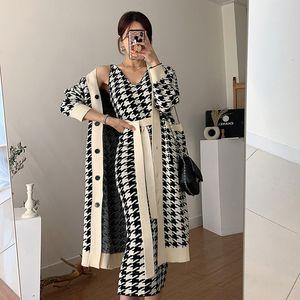 Abiti da tre pezzi a maglia da donna invernale Design e tasto di cappotto Design Alla moda Alla moda