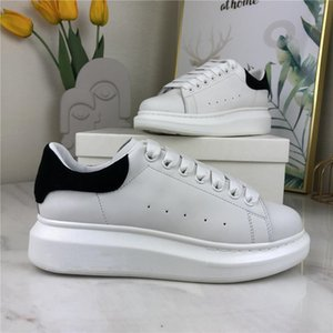 2021 Men Casual Shoes Boots Top Quality Matte Leather Platform Handmade Chaussures Woman Shoe Grey Velvet Scarpe Sports Comfort Trainers