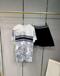 Traje de vestir de dos piezas de dos piezas con la letra patrón camisetas y faldas fijaron estilo de moda Outwears para la señora tees tops pantalones cortos vestidos juegos size s-l