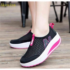 Akexiya New Women's Walking Shoes Casual Sport Fashion Height Increasing Woman Loafers Breathable Air Mesh Swing Wedges Sneakers 201221