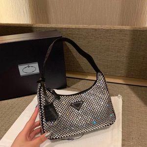 2021 роскошный дизайнерская сумка дамская сумка под рукой Высококачественная кожа модный рисунок 2000 ручной кошелек сцепление хобё браслет плечо через плечо мешок мешок