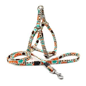 Dog Collars & Leashes Walking Artifact Explosion-proof Pet Leash Anti-lost Reflective Printed Chest Harness Set Collar Accessories