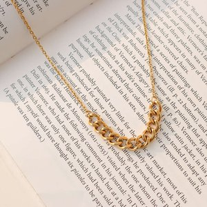 Pendant Simple fashionable necklace women's clavicle short chain jewelry titanium steel plated 18K gold p923