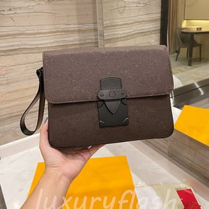 Latest Designer LOCK Men Business Briefcase Designers 2021 Womens Handbags Pochette Out Leather High Quality Clutch Casual Purses