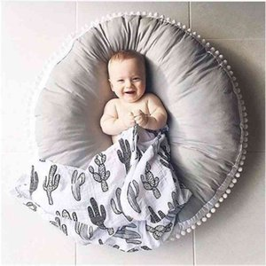 Ins Thick Round Baby Blanket Play Game Mats Pom Crawling Rug Children Toy Mat Carpet Kids Room Decor Photography Props 90cm