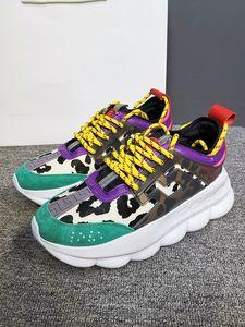 2021 men women Luxury sneakers Studded designer shoes for high top black white Spikes Genuine Leather casual rivet Sneaker