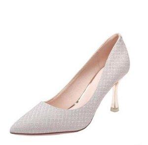 Moda de mujer vestidos clásicos zapatos de tacones de tacón alto delgado con primavera y otoño carrera puntiaguda boca baja boca sexy