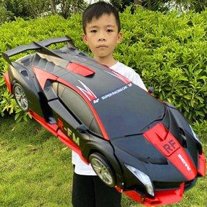 Électrique / RC Carindation Contrôle de la télécommande Car King Kong Robot Jouet Rechargeable pour enfants Super Racing Boy