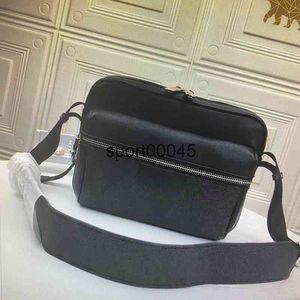 M30233 M30239 M30243 في الهواء الطلق الرجال الكتف أكياس الرحلة الكلاسيكية حقيبة crossbody نوعية جيدة جلد الرجل رسول حقيبة