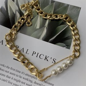 Fashion personality pin pearl Design Necklace Female Minority design versatile heavy industry Street hip hop popular3
