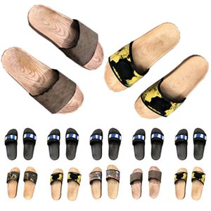 Slipper Men Shoes Luxurys Sandals Women Fashion Designers Flat Slides Flip Flops Paris Summer Beach Sexy Embroidered Leather Slippers with Box 033102