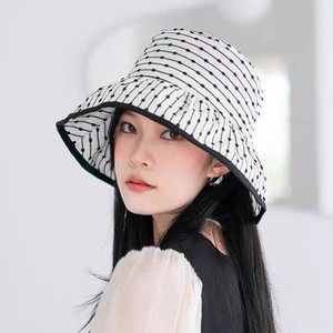 High-end bell-shaped hats from luxury designers are must-have for age travel, with polka-dot gauze basin hat in color super good-looking style