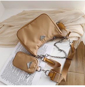 2021 Lady Moda Handbags Totes Reen Edition Sacos Famoso Designer Não-tecido Nylon Classic Retro All-Match