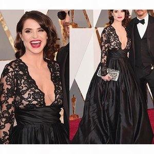 Dantel Tafta V Yaka Balo Ünlü Elbiseleri Ile Dantel Aplikler Siyah Uzun Kollu Balo Abiye Elbise Parti Akşam Zarif