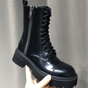 Luxury Designer womens Half Boots Top quality Genuine Leather shoe Lace Up Thick bottom Martin Boot Zip big Round Toes Ankle Booties women s