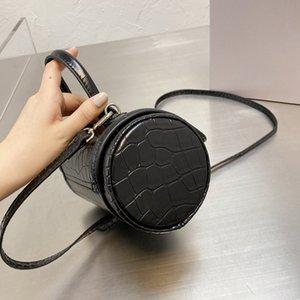 2021 مصمم العلامة التجارية الرملية أكياس المرأة أزياء مصغرة الفاخرة واحدة الكتف حقيبة جلد مزاجه منقوشة حقيبة
