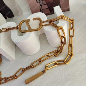 2021 Дизайнерская цепная ремня талии цепи мода V писем аксессуары роскошные ремни женские тазовые пояс P2108091L