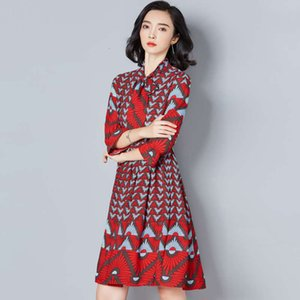 Dresses style women's Casual printed trumpet sleeve scarf neck mid long skirt pleated fashion dress for women