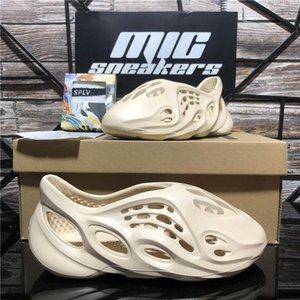 Высочайшее качество пены бегун резиновые дизайнер тапочки скольжения мода мужчины женщин сандалии ботинки летние пляжные скольжения моды мужские потерты тапочки крытый размер с коробкой 36-45