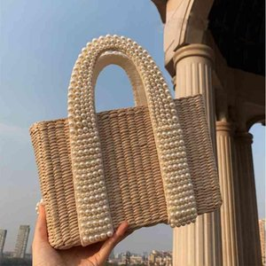 Fashion Pearls Handle Women Handbags Designer Beaded Straw Bags Luxury Pearl Rattan Totes Wicker Woven Large Summer Beach Purse C0326