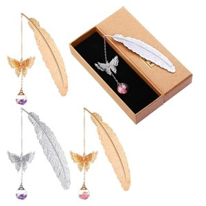 Bookmark 4 Pcs Metal Feather Bookmarks, Graduate Student Reading Page Markers Bookend Pendant Beautiful