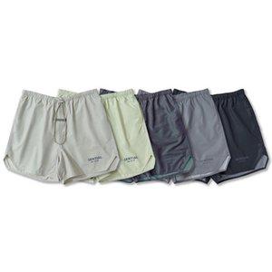 2021 Fashion Summer USA Laser Reflective Nylon Shorts Colorful Matcha green Women Men 6th High Street Middle Jogging Pants