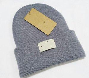 Luxus Mützen Hight Qualität Männer und Wolle Gestrickte Hut Klassische Sport-Schädelkappen Frauen High-End Casual Gorros-Bonnet 26