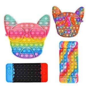 Tie Dye Rainbow Fidget Cartoon Poo-Its Board Game Finger Toys Bull Terrier Telefono cellulare Gamepad Forma Push Bubble Popper Puzzle Primo giocattolo educativo G83ZB6L