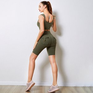Women's Tracksuits Lulu Yoga Suit Sport Wear Tooling Style 5 Piece Back Bra Two Pocket Breech Slash Neck Carrying Shorts
