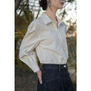 2021 new outerwear top fashion sunscreen design minority French White Polo shirt women's summer