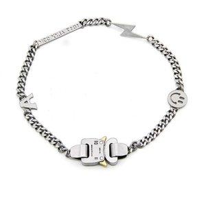 Collier de la chaîne en métal Chaîne pour hommes et des accessoires de rue en plein air Smile Boucle Titanium Steel