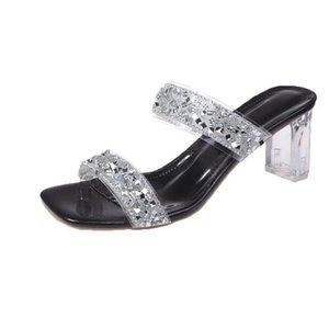 Sandals Men Women Slippers Flat Comfort Ladies Beach Sliders Tide Male Rivet Stud Slipper Non-slip Black Mens Casual Spikes Shoes Rubber